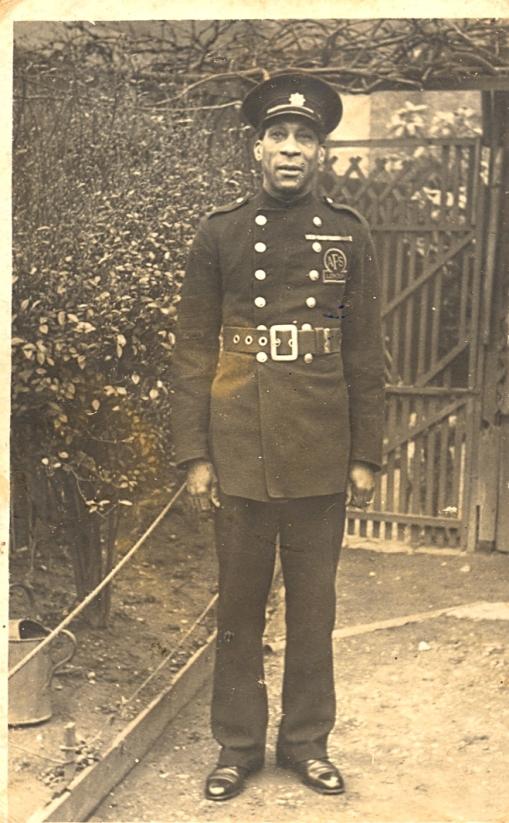 george-a-roberts-in-afs-uniform